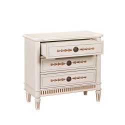 Pulaski Fluted Base Accent Drawer Chest